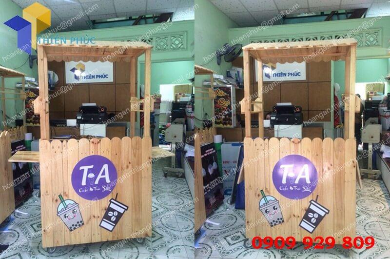 xe bán trà sữa bằng gỗ