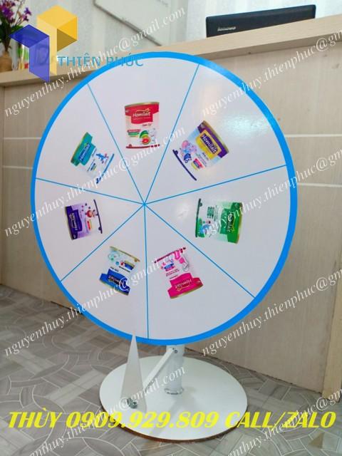 vòng quay để bàn quảng cáo