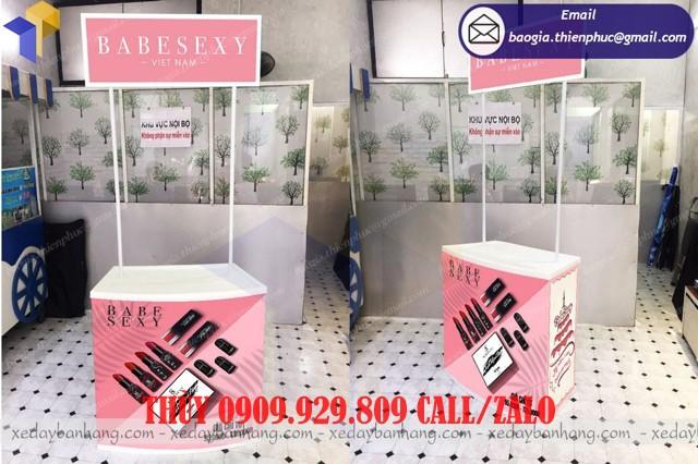 booth sampling bán mỹ phẩm