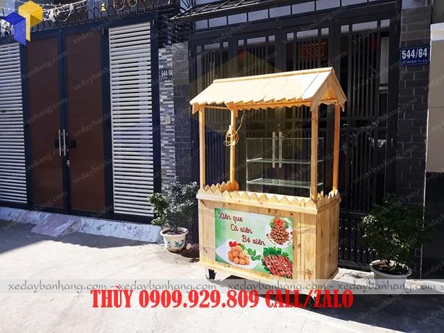 tủ gỗ bán thức ăn nhanh